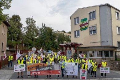 Seit voriger Woche wird am Unilever-Werk in Auerbach gestreikt.
