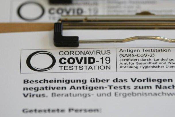 Corona-Lage in Zwickau: Gesundheitsamt brauch neuen Chef - helfen satte Zulagen?