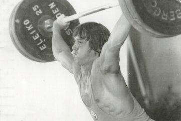 1979: Joachim Kunz bei seinem Weltrekord im Reißen (143 kg).