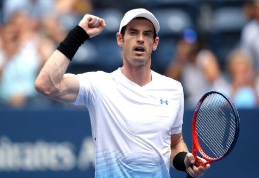 Andy Murray zieht in die zweite Runde ein