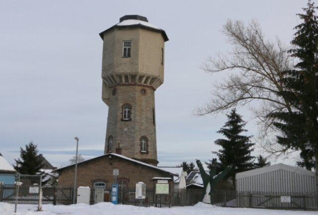 Der Wasserturm in Syrau muss gesichert werden.