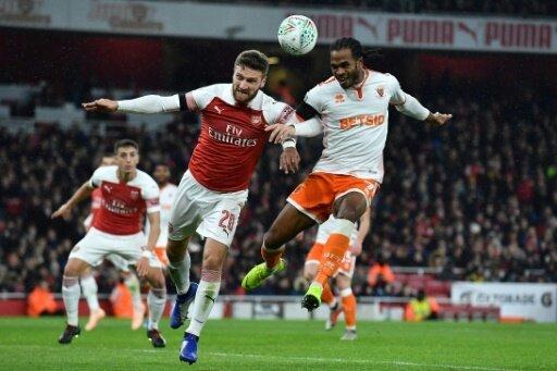 FC Arsenal und Shkodran Mustafi (l.) eine Runde weiter