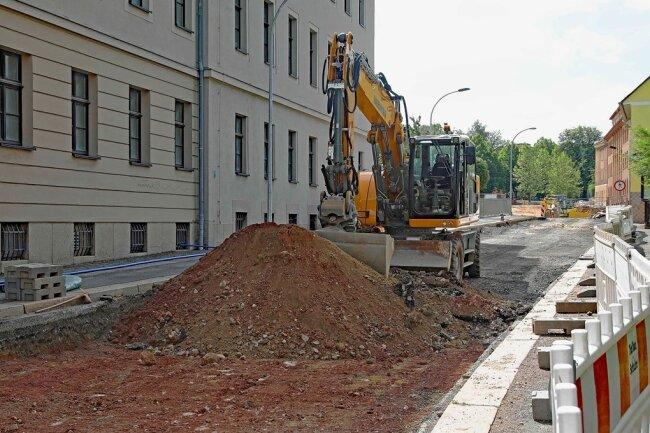 Die Tiefbauarbeiten in der Straße Zum Sternplatz waren ursprünglich nicht geplant. Foto: Thomas Michel