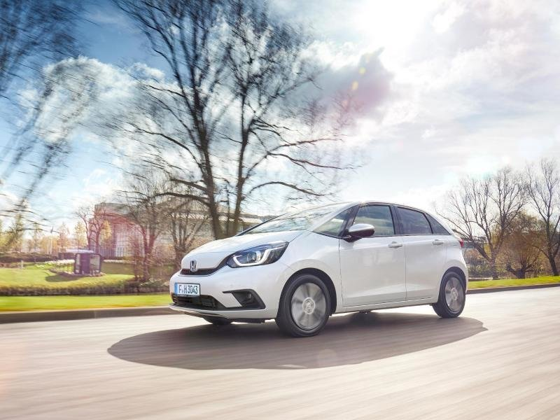 Kleine Kombination: Den neuen Jazz verkauft Honda nur als Hybrid, bei dem zwei E-Motoren den Verbrenner unterstützen.