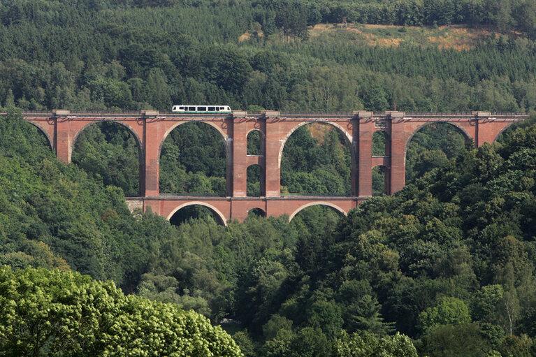 Die Elstertalbrücke soll nun doch nicht Unesco-Welterbe werden.