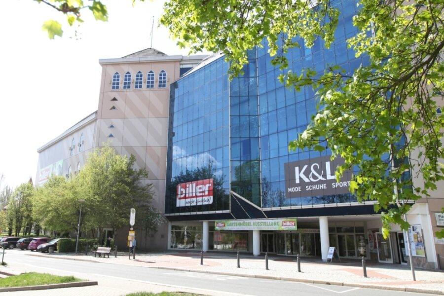 Zwei Unternehmen, die dieselbe DNA haben. Möbel Biller und das Modehaus K & L verkaufen seit Herbst unter einem Dach.
