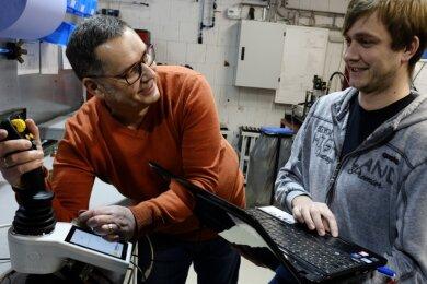 Die Unternehmensnachfolge ist bei IBL-Hydronic kein Thema. Firmengründer Thomas Löcher ergänzt sich mit seinem Sohn Tobias in der Produktentwicklung wie in der Leitung der Firma.
