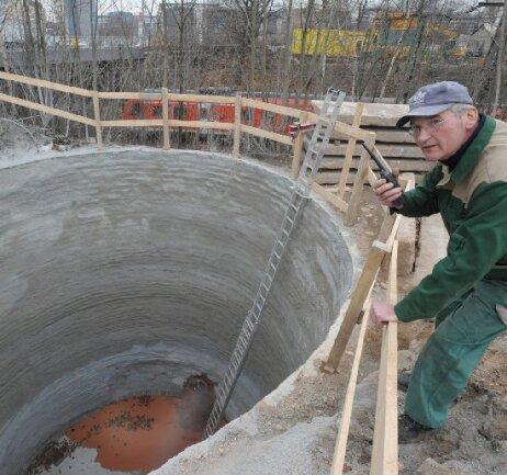 In den vergangenen Wochen liefen die Vorbereitungen für den Brückenneubau am Dresdner Platz in Chemnitz auf Hochtouren. Am Freitag soll das Bauvorhaben starten.