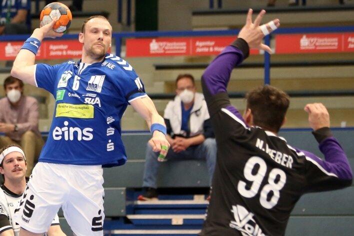 Aues Kapitän Kevin Roch ist nach überstandener Meniskusverletzung zurück. Diesen Sonntag will er gegen Lübeck-Schwartau treffen.