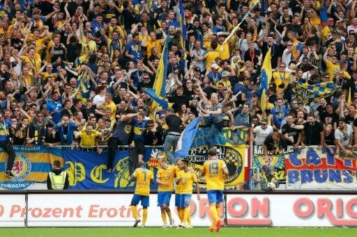 Eintracht Braunschweig springt auf Platz drei