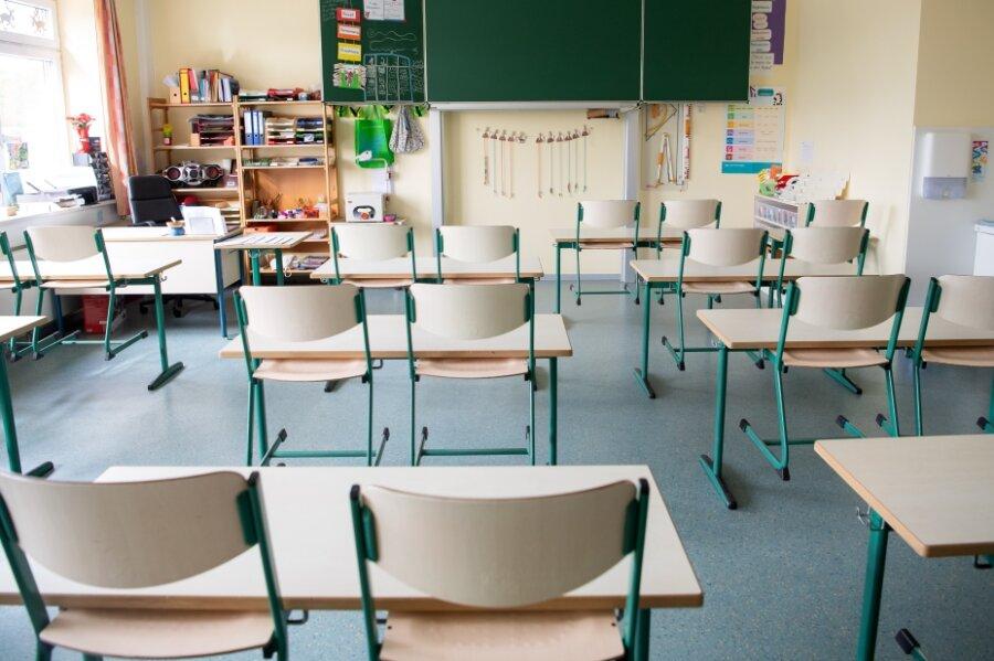 Zwei Wochen nach der Wiedereröffnung von Kindertagesstätten und Grundschulen sind in der Stadt sieben Kitas und acht Bildungseinrichtungen von Corona-Fällen betroffen.