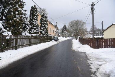 Beim Bau in Oberhermsgrün soll neben dem unteren Teil der Hauptstraße (Foto) auch das obere Dorf an die Reihe kommen.