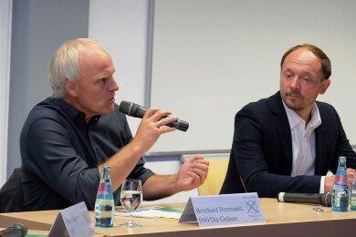 Die Kandidaten für den Wahlkreis 163 tauschten Standpunkte aus: Bernhard Herrmann (links, Die Grünen) und Marco Wanderwitz (CDU) sowie ...