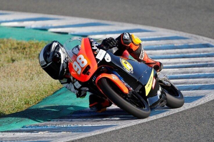 Mika Siebdrath fährt dieses Jahr seine erste Saison in Spanien. Neben dem Motorrad kennt er auch die Strecken bisher kaum.