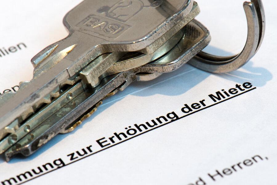 Bundesbauminister Seehofer lehnt Einfrieren der Mieten ab