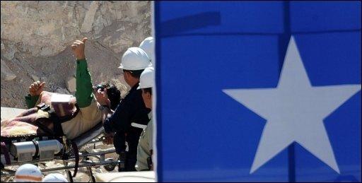 Eine Zahl ist aus dem Heldenepos von San José nicht wegzudenken: Die 33. So viele Bergleute waren unter Tage eingeschlossen. Genau 33 Tage wurden gebraucht, um einen Rettungsschacht zu den Kumpeln zu bohren. Und die Zahl taucht noch öfter auf.