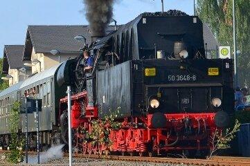 Dampfloks in Aktion sind eine der Attraktionen zum jährlichen Heizhausfest.