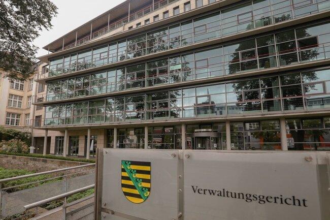 Die Limbach-Oberfrohnaer Stadtverwaltung ist verklagt worden. Der Fall wird am Mittwoch vor dem Chemnitzer Verwaltungsgericht verhandelt.