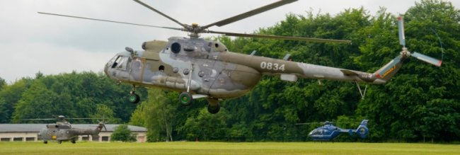 Als erster Hubschrauber hob am Montag in Chemnitz-Ebersdorf die Maschine aus Tschechien zu den Messflügen ab.