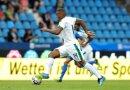 Rekord-Neuzugang Alassane Plea gelangen drei Treffer