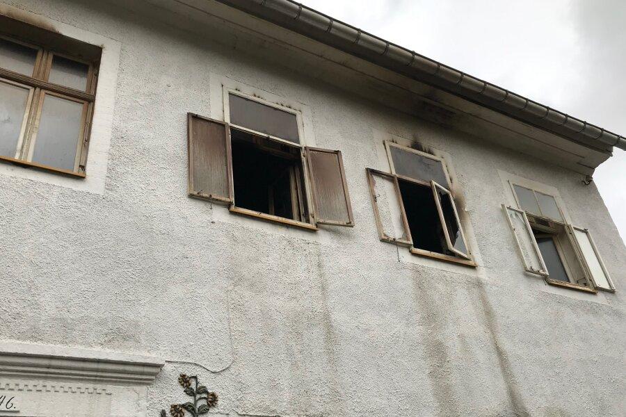 Annaberg-Buchholz: Mensch stirbt bei Wohnungsbrand