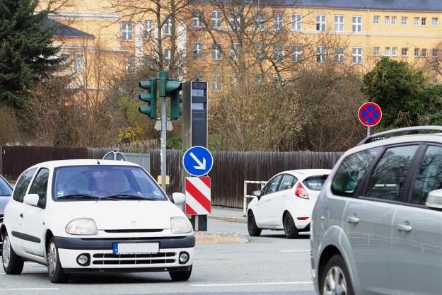 Neuer Rotlichtblitzer in Plauen geht in Betrieb