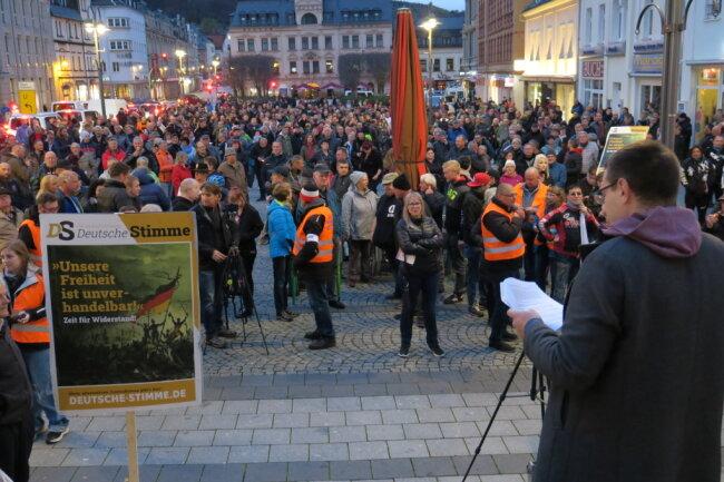 Stefan Hartung war der erste Redner bei der Versammlung am Sonntagnachmittag.