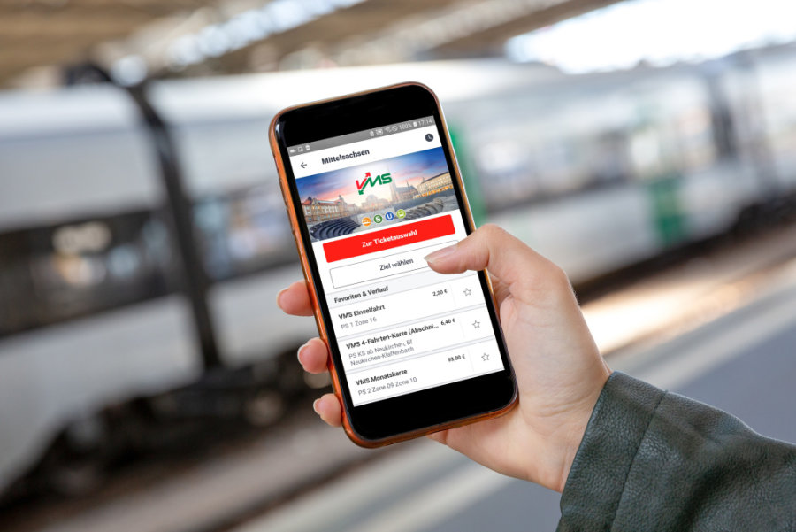 Nicht nur Tickets, auch eine Fahrplanauskunft gibt es ab sofort über die App der Deutschen Bahn.