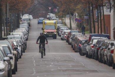 Künftig nur noch für Radfahrer und Anlieger frei? Die Kanzlerstraße ist eine von zwei Straßen auf dem Kaßberg, für die nach dem Willen von Stadträten die Umwandlung in eine Fahrradstraße geprüft werden soll.