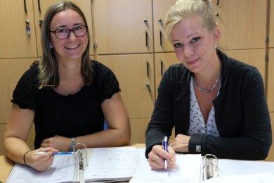 """Tanja Schubert und Katrin Meier (von links) stehen in der Psychosozialen Kontakt- und Beratungsstelle """"Das Boot"""" erkrankten Menschen, Angehörigen und Bezugspersonen als Ansprechpartner zur Verfügung."""