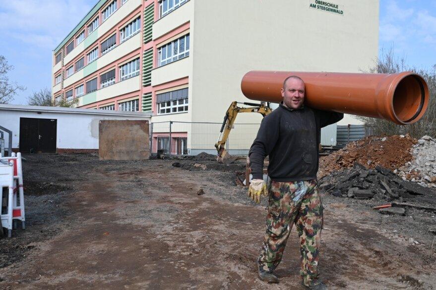 Baustart am Außengelände von Oberschule