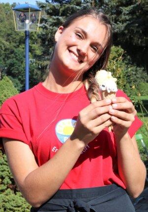 Megan Heidi Wright stammt aus Südafrika, wohnt nun aber in Oederan, hat im Sommer im Imbiss des Freibads Erdmannsdorf gearbeitet und bereitet sich mit einem Sprachkurs auf ihr Studium in Mittweida vor.