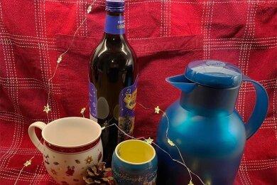 Glühwein aus der Thermosflasche hat den Vorteil, dass man seine Lieblingssorte oder auch selbst gemachten nehmen kann.