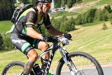 Denny Dressler aus Greiz darf diesen Sommer bei der Tour die Startnummer 1 tragen.
