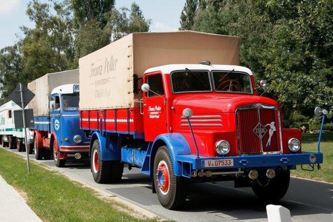 Die am Dienstag im Harz gestartete 18. Deutschlandfahrt für historische Nutzfahrzeuge wird am Samstag in Plauen enden. Auf dem ehemaligen Gelände der Sternquell-Brauerei an der Dobenaustraße sind mehr als 80 Veteranen der Landstraße dann zu bestaunen.
