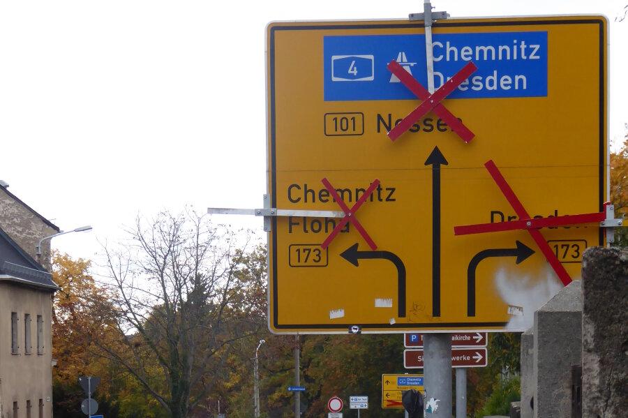 Sperrungen an Durchgangsstraßen wie hier 2016 sind für Freiberger fast schon ein gewohntes Bild. Auch in diesem Jahr müssen sie sich auf Sperrung der B 173 einstellen. Das Lasuv will die Eisenbahnbrücke am Lindenweg sanieren.