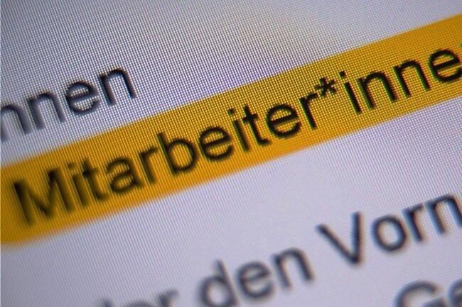 Geht es nach der CDU-Stadtratsfraktion, soll die Plauener Stadtverwaltung auf die Gender-Schreibweise verzichten.