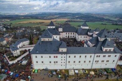 Mehr als 1800 Biker und fast 7500 Besucher waren 2020 zum 49. Wintertreffen der Motorradfahrer auf Schloss Augustusburg gepilgert. Im kommenden Jahr muss die Jubiläumsveranstaltung nun pandemiebedingt ausfallen.