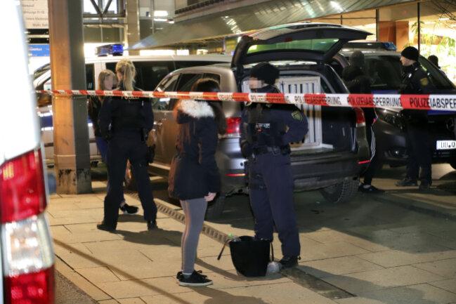 Polizeiliche Großkontrolle am Donnerstag an der Chemnitzer Zentralhaltestelle
