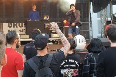 "Am Dienstagabend trat unter anderem Rapper Lucky auf beim ""House on the Hill""-Festival."
