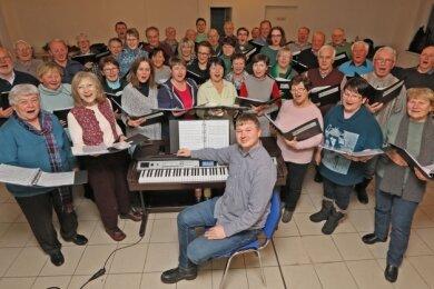 Der Gesangverein fiebert den nächsten Auftritten entgegen. Das Foto entstand bei einer Probe vor den Coronabestimmungen.