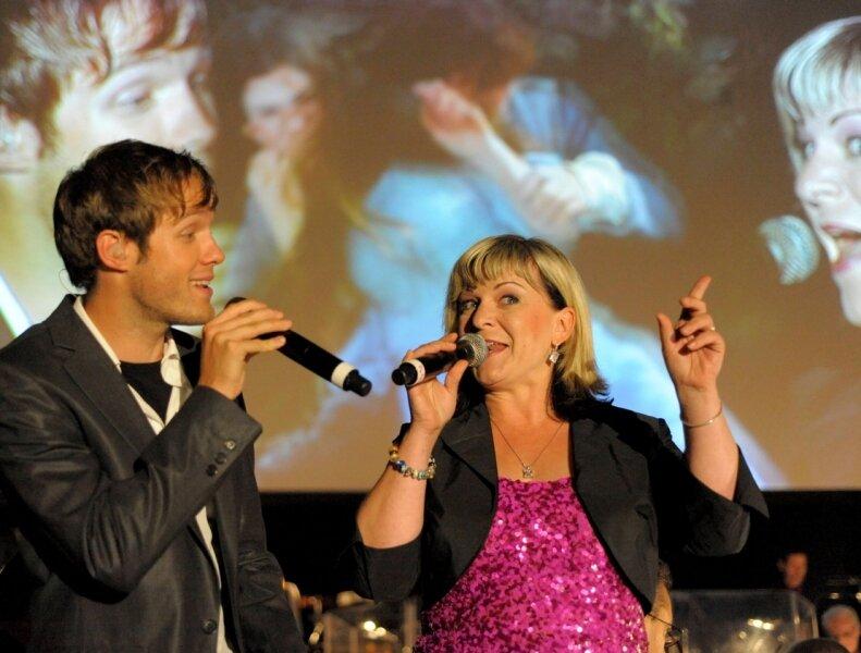 """<p class=""""artikelinhalt"""">Henricke Müller-Gräper und Thomas Hahn haben die Zuhörer des Filmmusik-Konzertes durch ihre wunderschönen Stimmen begeistert.</p>"""