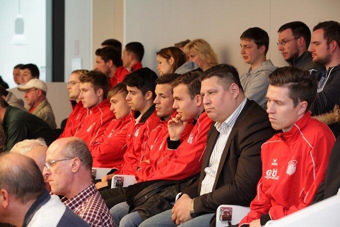 Stadionneubau nimmt letzte Hürde im Stadtrat