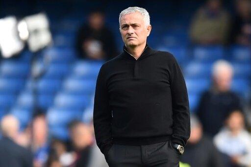 Jose Mourinho kommt zu Fuß zum Champions-League-Spiel