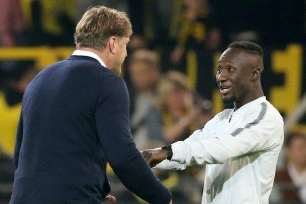 RB-Trainer Ralph Hasenhüttl kann das Wechseltheater um Mittelfeldspieler Naby Keita im Moment gar nicht gebrauchen.