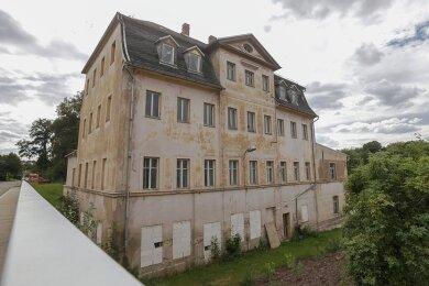 Die Wolkenburger Spinnmühle: Das Gebäude ähnelt einem Herrenhaus, war aber eines der ersten Fabrikgebäude Sachsens.