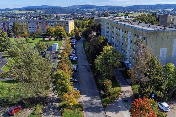 Der Vogtlandblick im Auerbacher Neubaugebiet wird am Montag für zwei Wochen zur Baustelle.