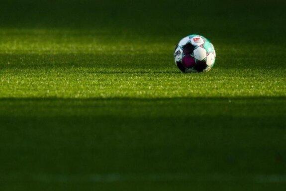 Newsblog Corona: Eröffnungsspiel der 3. Liga fällt aus