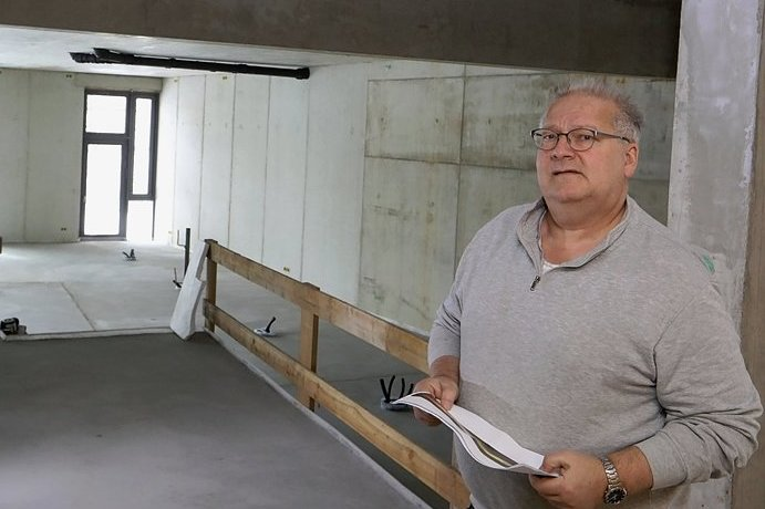 Der Rohbau des Funktionsgebäudes für das Karl-May-Haus ist fertig. Nur der Bereich im Erdgeschoss wird Fläche für Dauerausstellung und Sonderausstellungen, erklärt Museumschef André Neubert.