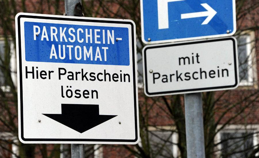 Chemnitz: Rathauschefin lässt kostenfreies Parken prüfen